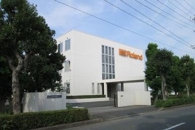 ローランド(株)浜松流通センター                        サーバールーム