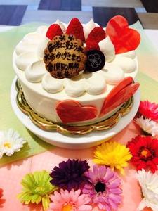 春華堂さん自慢の<br />     ケーキの王道<br />     いちごダブル<br />   デコレーションケーキ