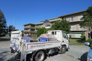 清明寮様への支援トラック