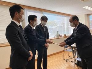 株式会社ヒューマンアロー坂神様と共に寄付を実施